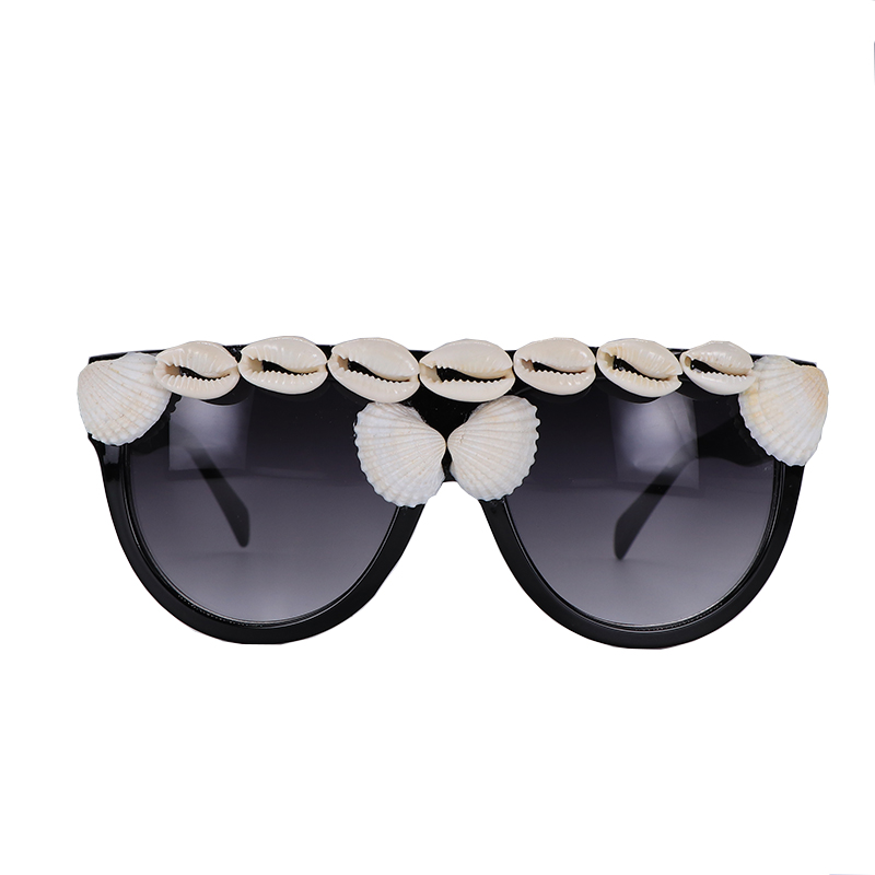 Fashion Designer Women Sunglasses Oversized Flat Top Square Frame Retro Gradient Lens With Seashell Decoration in Women 39 s Sunglasses from Apparel Accessories
