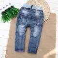 2016 Nuevo Enfant Fille Garcon Chicos Vaqueros Pantalones Pantalones Pantalones de Los Niños Pantalones Vaqueros Rasgados Niños 1-2-3-4 Años Viejos Pantalones Vaqueros Enfant Garcon