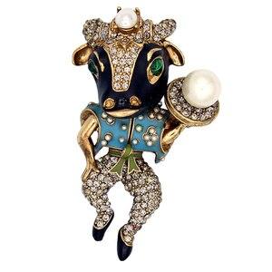 Image 2 - Amorita butik emaye bullheaded şövalye pin inci moda broş