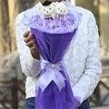 Atacado e varejo de bouquet cartoon flores simulação de plástico rosas e teddy bear bouquet presentes de dia dos namorados