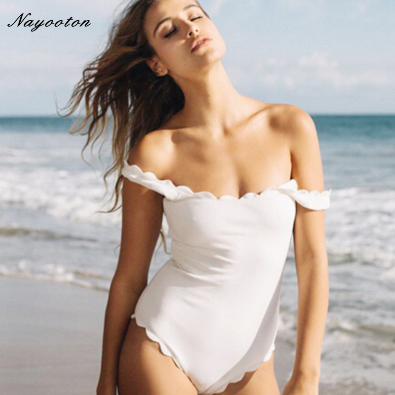 2018 woman Swim bathing suits Black and White Wavy lace Push up new One Piece Swimwear sexy Double Strap swimsuit D0177