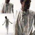 Бесплатная доставка мужские костюмы Белый Довольно Уникальный Дизайн Человек Костюмы Зубчатый Нагрудные Дружки Смокинги Мужские Свадебные Костюмы
