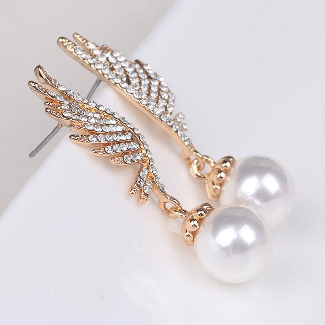 Fashionable Pearl Angel Wing Drop Earrings