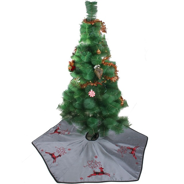 free shipping extra large 50 christmas tree skirt linen slub look fabric with tartan reindeer - Extra Large Christmas Tree Skirt
