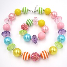 HotSale Aborable Gift Kids Bubblegum Chunky Necklace Bracelets Jewelry Set Girls Outfits Choker Necklace Toddler Strand Bracelet