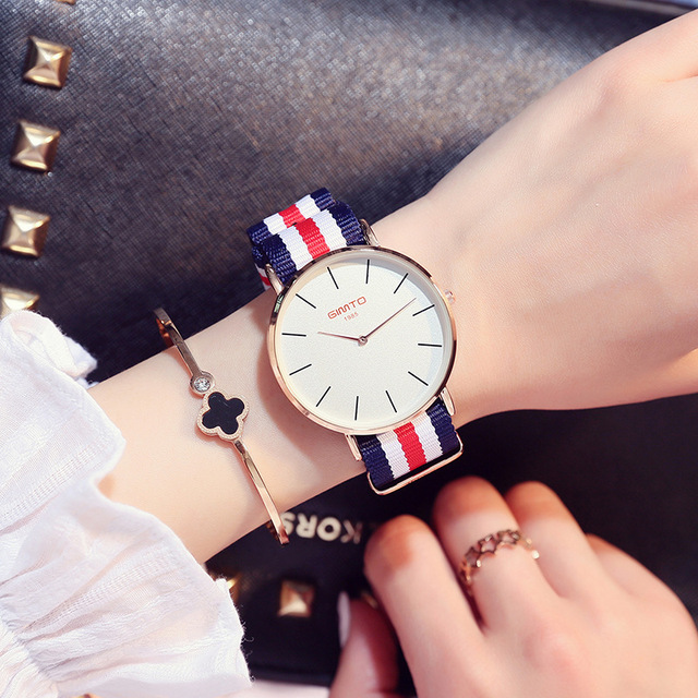 5accbb20189 Nylon quente Moda Senhora Relógios 5 Cores Simples E Elegante Casual Mulheres  Relógio De Pulso À