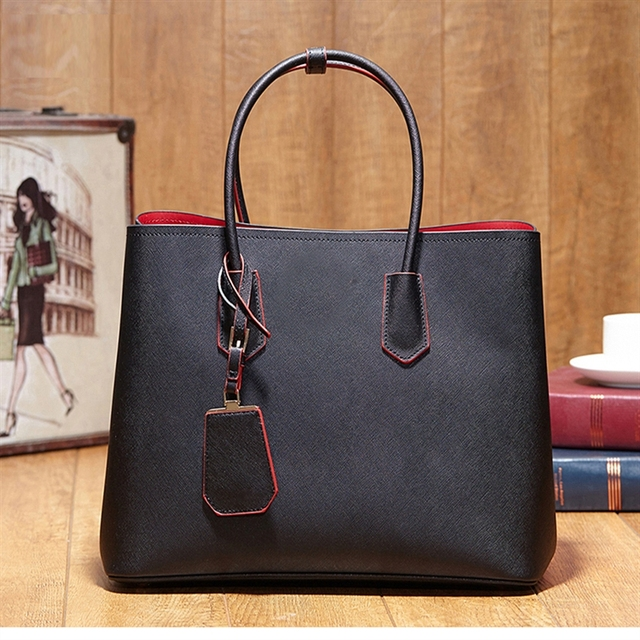 ce7180453eb0 2017 New Model Luxury Handbags Women Bags Designer Classical Design Ladies  Hand Bags Fashion Real Leather Women Crossbody Bags