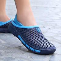Neue 2019 Sommer Männer Sandalen Fashion Aushöhlen Atmungsaktive Outdoor Strand Sandalen Flip-Flops EVA Massage Hausschuhe Garten Schuhe
