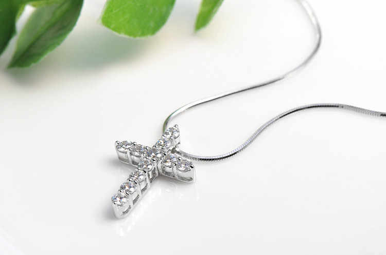 2017 новое поступление, высокое качество, модные блестящие циркониевые ожерелья с крестом из стерлингового серебра 925 пробы, женские подвески, ювелирные изделия, подарок на день рождения