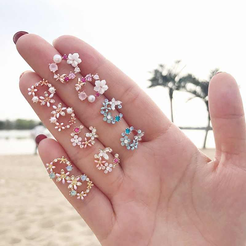 2019 Fashion Korean Style Colorful Rhinestone Wreath Stud Earrings For Women Silver Sweet Small Circle Flower Earrings Jewelry