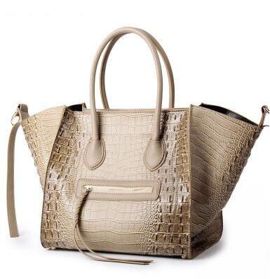 New Famous Designer Brand Luxury Women Leather Handbags Fashion Smile Face Tote Quality Trapeze Smiley Clutches Bolsa Feminina
