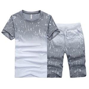 الصيف الجديدة الرجال قصيرة الأكمام تي شيرت الكورية بدلة رياضية ملابس الرجال عارضة بدلة رياضية