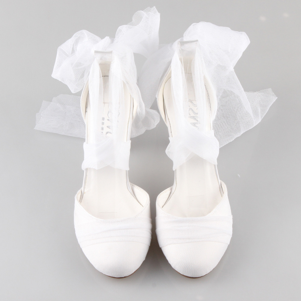 Creativesugar Handmade white tulle sofe gauze leg strap D orsay leg fairy  tale bridal wedding evening dress quinceanera shoes-in Women s Pumps from  Shoes on ... 5c83aa829d1