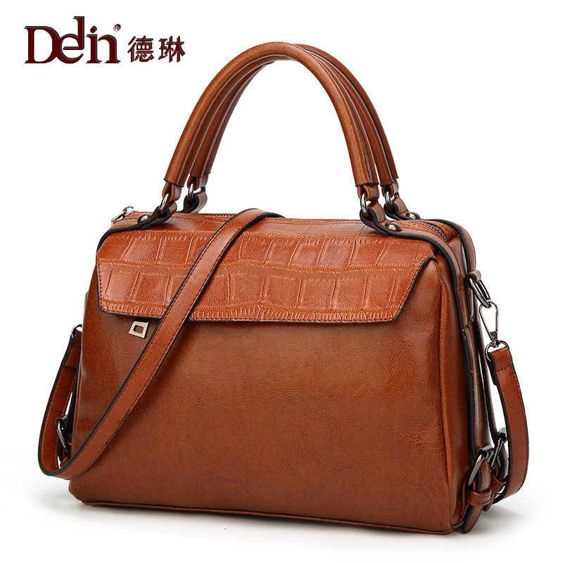DELIN Tide restoring ancient ways is fashionable joker oil wax pillow bag handbag shoulder hand multi-function the new spring and summer 2016 spin lock tide restoring ancient ways contracted one shoulder hand his small bag free postage