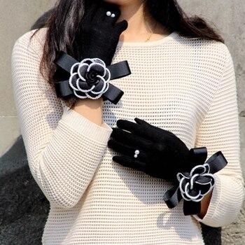 2020 Brand Gloves Winter Women Gloves Cashmere Mittens Female Big Flower Warm Wool Gloves Women Driving Gloves 1