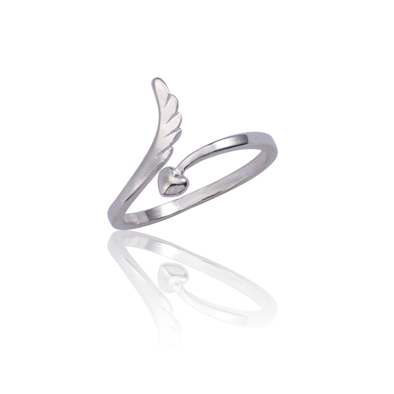2019 Early Spring New Fashion Simple Angel Wing Ring Silver Wings Love Female Adjustable Size Wedding Jewelry Gift