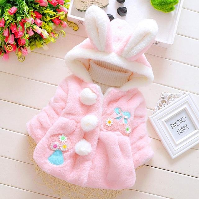 Otoño Invierno Cálido Bebé Bebés Niñas Niños Chirldren Bola de Conejo Con Capucha de Piel Falsa de Chaqueta de la Rebeca Outwear Abrigo Casaco S2275