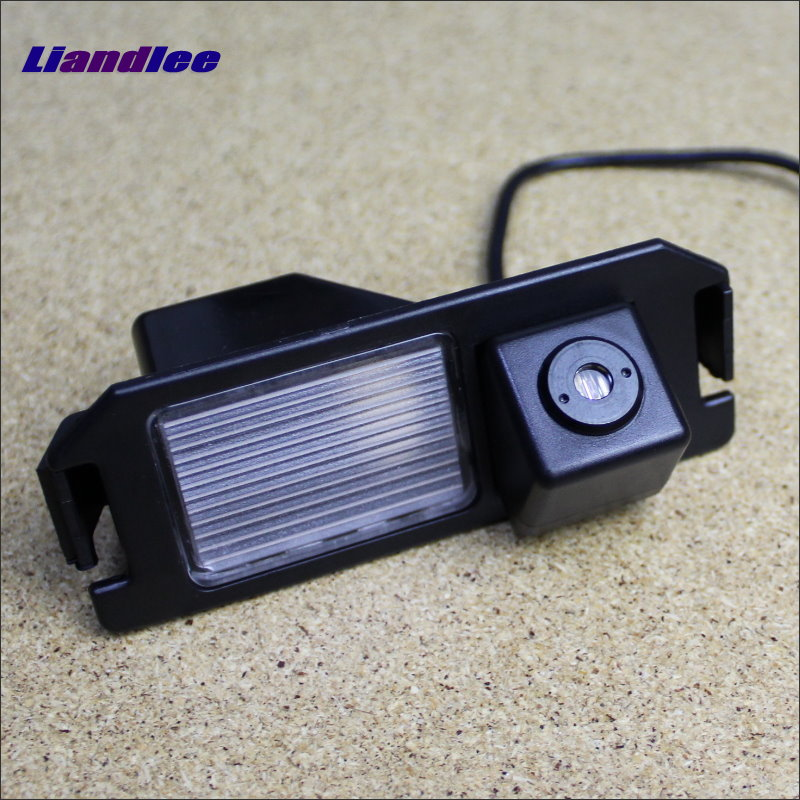 Liandlee Car Tracing Cauda Laser Light For Chevrolet Chevy Cruze Hatchback Liftback 2013 2015 Anti Fog Lamps Rear Lights speed test counting module for smart tracing car yellow
