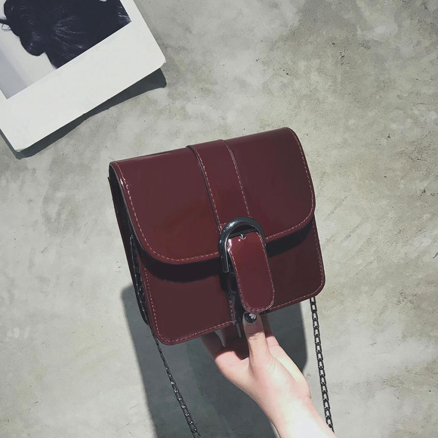 Для женщин Мода Искусственная кожа из лакированной кожи сумка женская сплошной цвет цепочкой и пряжкой небольшой площади сумка # F