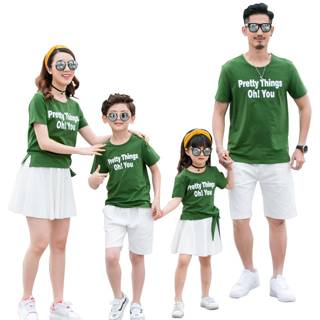 26e653dc90afb US $13.17 5% OFF|Family Matching Outfits 2018 Summer Father Mother Baby  Daughter Son Matching Clothes Mom and Daughter Dress Family T Shirt Look-in  ...