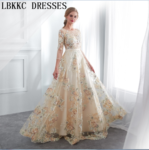 Mouse over to zoom in. Vestido De Festa Longo Champagne Lace Flowers Evening  Dresses Long Sleeve A Line Abendkleider ... 2b947a946726