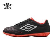 Homens Chuteiras Umbro Sneaker Esportes Indoor Futebol Botas Turf Sapatos  de Couro Lace-up Sapatos de Futebol Profissional UCB90. ab4633b581174