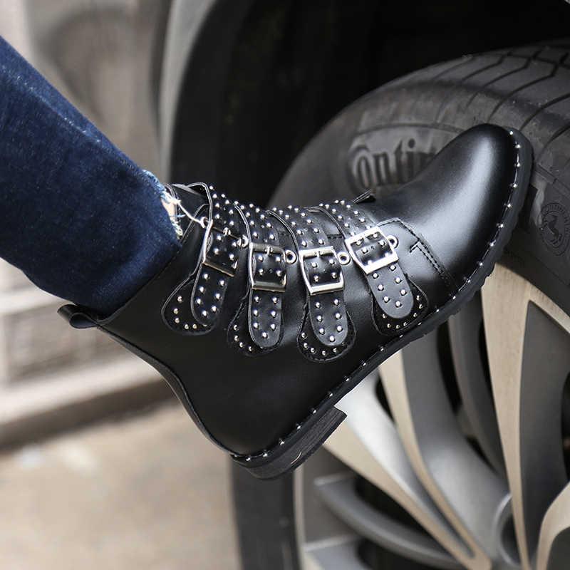 2017 Moda Çivili yarım çizmeler Kadınlar Kış PU deri ayakkabı Yüksek Top Düz Martin Çizmeler Kadın Bayanlar Siyah Binme Botları 43