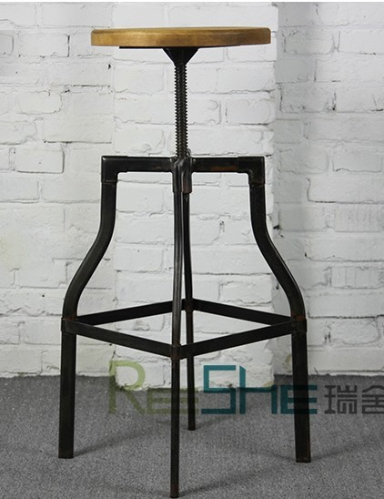 Iron vintage American retro dining chairs rotating lift bar stool chair to do the old industrial wind