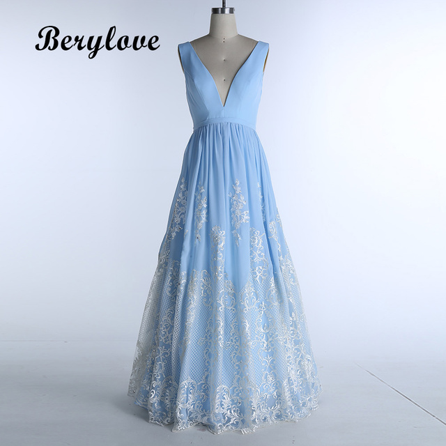 BeryLove Long Light Blue Prom Dresses 2018 Lace Prom Gowns V Neck Formal  Evening Dress Prom 2e180680f