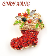 цены New Arrival Zinc Alloy Brooches pins for Women Gold Plated Inlay Shiny Rhinestone and Red Crystal Christmas Shoes for Gift