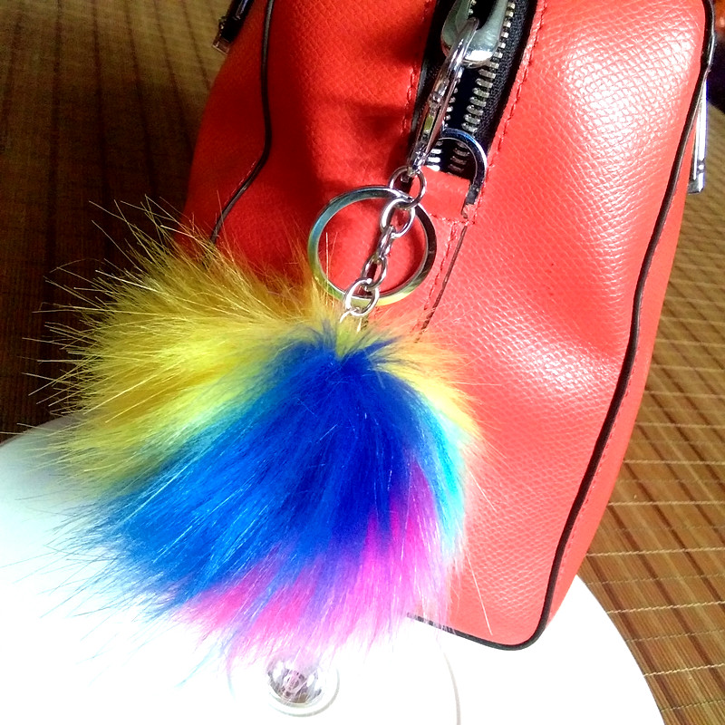 Big Rainbow-colored Pompon Keychain Lobster Clasp PomPom Keychain Women's Bag Charms Pendant Handcraft Gifts 40 Style