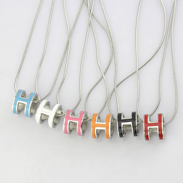 high quality 316 stainless steel h letter pendant necklace for women (13)