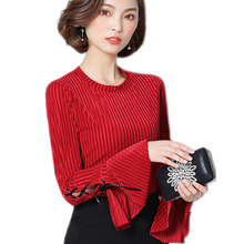 2017 Women Blouse Autumn Gold Velvet Blouse New Tops Shirt Women Korean Round Collar Trumpet Sleeve Long Sleeve Plus Size Shirt
