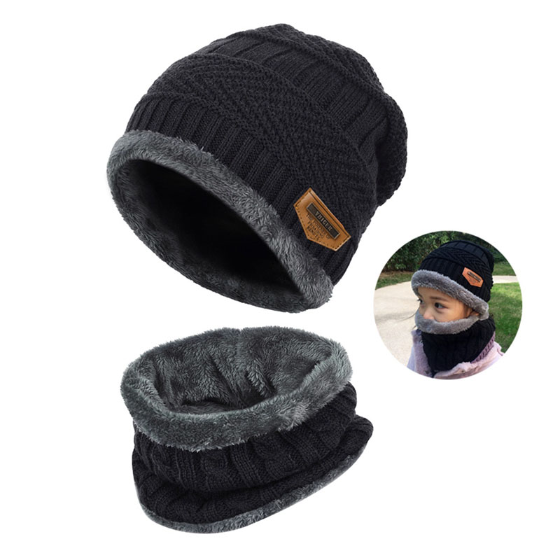 Warm Knitted Hat and Circle Scarf (2)