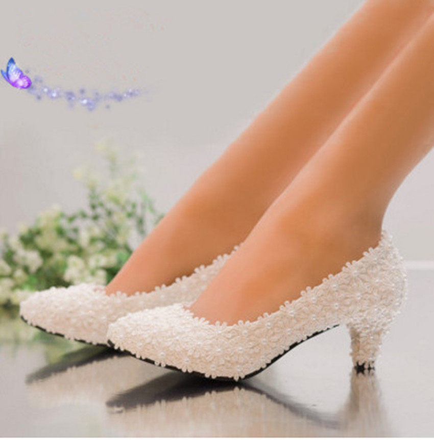 new arrival Pearl White Pink Lace Flower Diamond Heel bridal shoes 3cm 5cm  Low Heels Round 2777fb71c12c