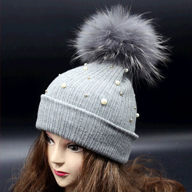 2015 Autumn And Winter new Staining King Size Raccoon fur ball Wool cap Warm Pearl knitting caps women's hats