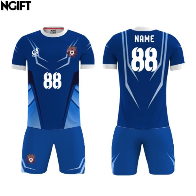 d99399fca49 Ngift jóvenes niños sublimados fútbol deportes Kit adultos hombres camisetas  de fútbol conjuntos DIY diseño camiseta