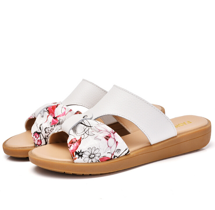 Large size 35-42 2018Summer fashion women Genuine leather sandals Non-slip comfortable slippers Sandials woman Casual Soft Shoes timetang mother sandals soft leather large size flat sandals summer casual comfortable non slip in the elderly women s shoes