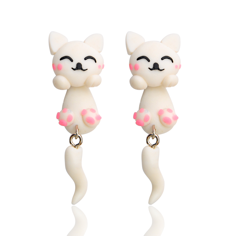 Fashion Handmade Polymer Clay Cartoon Cat Stud Earrings for Women Cute White Love Earrings Girl Friendship Christmas Gifts