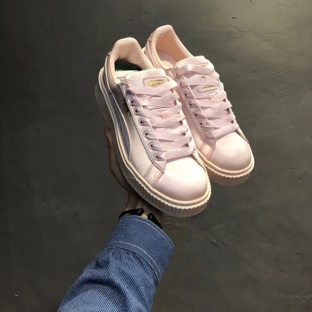 sale retailer b20fc 9cf8f US $68.75  2018 New Arrival Puma BASKET platform Tween Jr women's  Breathable Sneakers Badminton Shoes Size 35 39-in Badminton Shoes from  Sports & ...