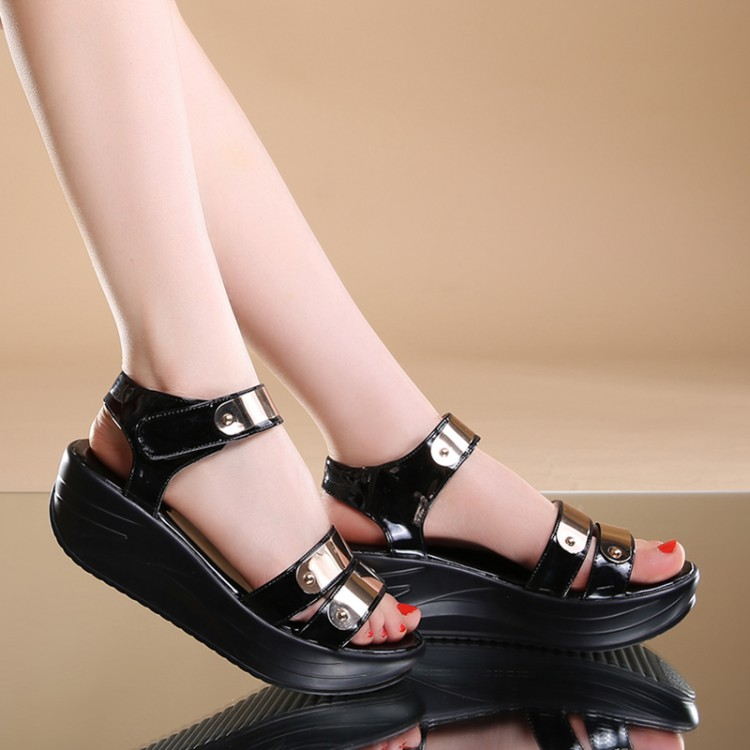 Innovative 10 Most Comfortable And Cute Shoes For Wide Feet