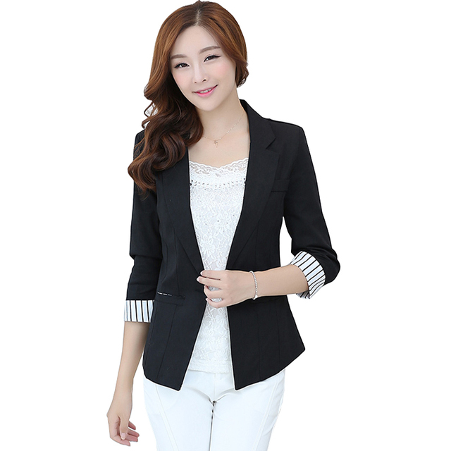 What to wear with black linen blazer