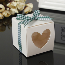 White Hear Shaped Window Paper Cake Boxes Favors Box Mini Single Cupcake Packing PVC With Pink Ribbon