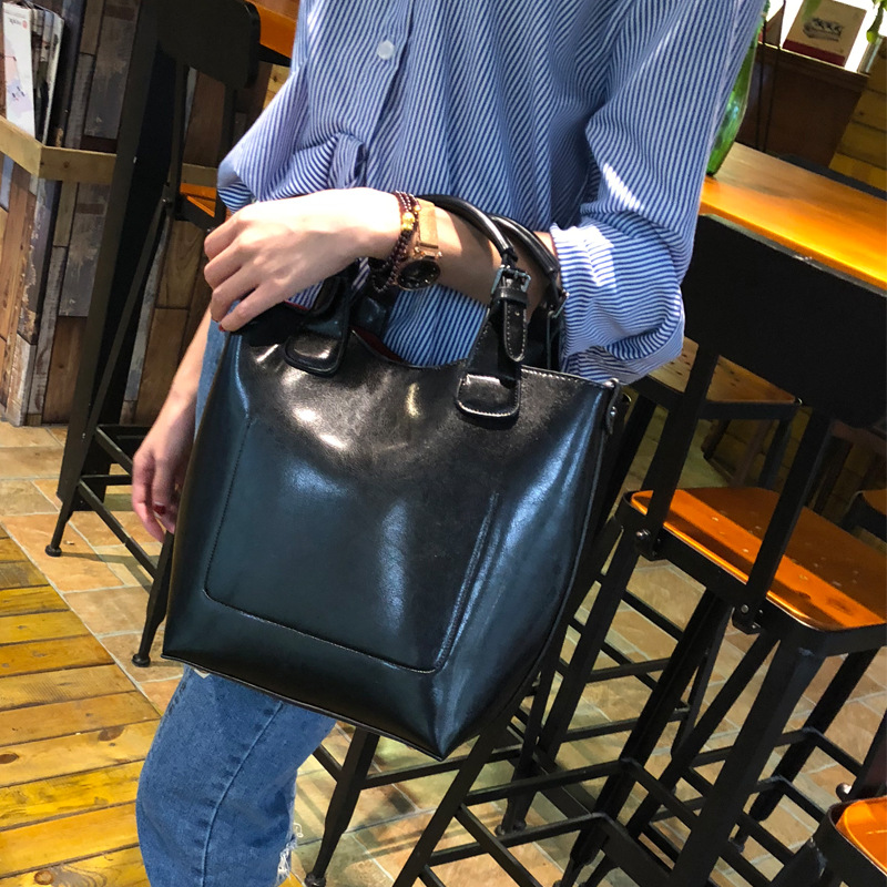 Split Leather Handbags Big Women Bag High Quality Casual Female Bags Trunk Tote Spanish Brand Shoulder Bag Ladies Large Bolsos woman shoulder bag ladies large bolsos designer handbags high quality pu women famous brands big women casual bags trunk tote