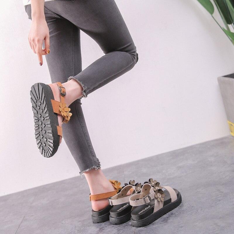0aafa50c8232 Корейская версия маленькие белые туфли женский 2018 ...