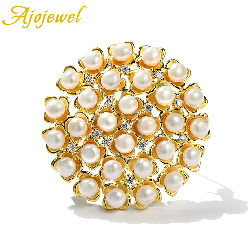 Luxury AAA Freshwater Pearls Flower Brooch For Women High Quality Golden Micro inlaid zircon Jewelry For Engagement