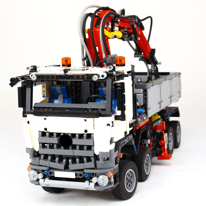 LEPIN 20005 2793Pcs Technic series Arocs truck Model Building blocks Bricks Classic Compatible LegoINGlys 42043 Boy Gift Toys lepin technic series building bricks 20005 2793pcs arocs truck model building kits blocks compatible 42043 boys toys gift