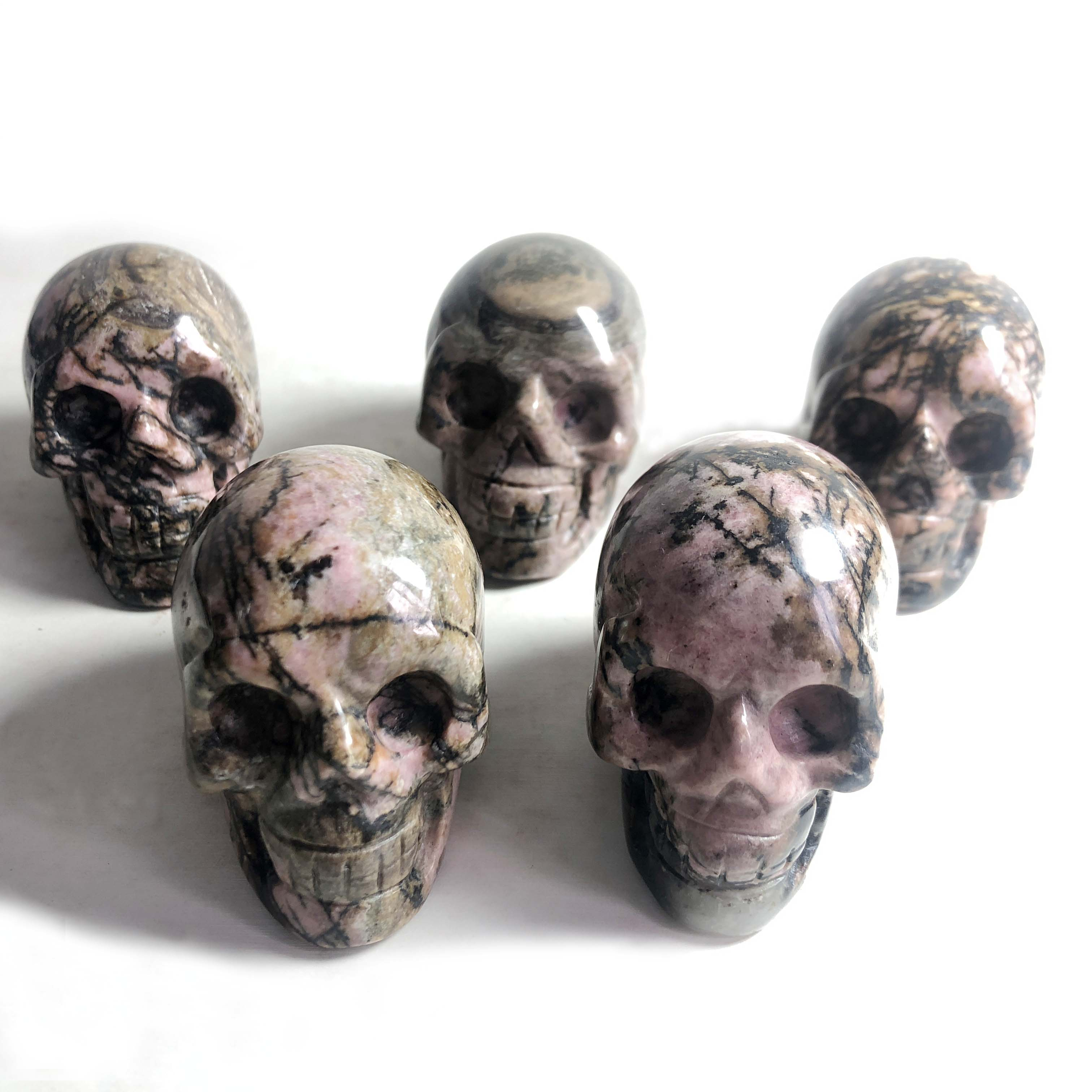 Free Shipping! Natural Rhodonite Carved Skull Handmade Small Crystal Skull Healing Gemstones For Gifts Or Home Decoration XKF
