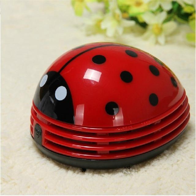 Mini creative Cute Beetle Ladybug Cartoon Desktop Coffee Table Vacuum Cleaner Dust Table Cleaner Portable Keyboard Cleaner