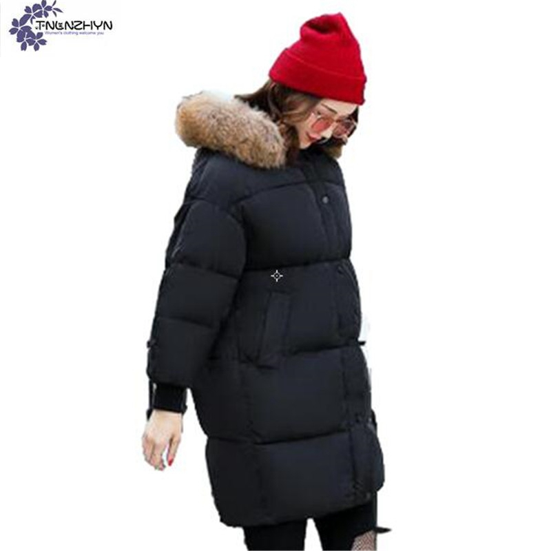 TNLNZHYN Women clothing cotton coat 2017 winter new fashion loose Big yards Thickening warm hooded fur collar female coat QQ129